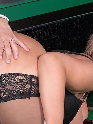 Luxury lingerie-wearing blonde Bbw slut seduces her coach on the pool table
